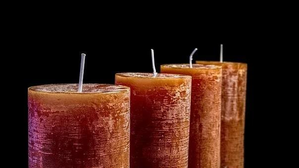Κεριά: 5 tips για να διαρκούν περισσότερο, να λιώνουν ομοιόμορφα