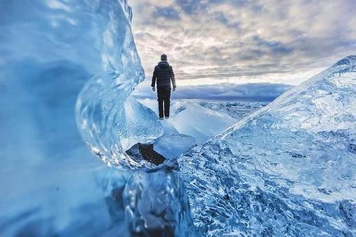 Εντόπισαν 28 ιούς, άγνωστους στην επιστήμη, σε παγετώνα του Θιβέτ, ηλικίας 15.000