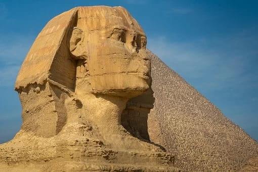 Η υπόγεια στοά που ενώνει μία Πυραμίδα με την Σφίγγα της Αιγύπτου